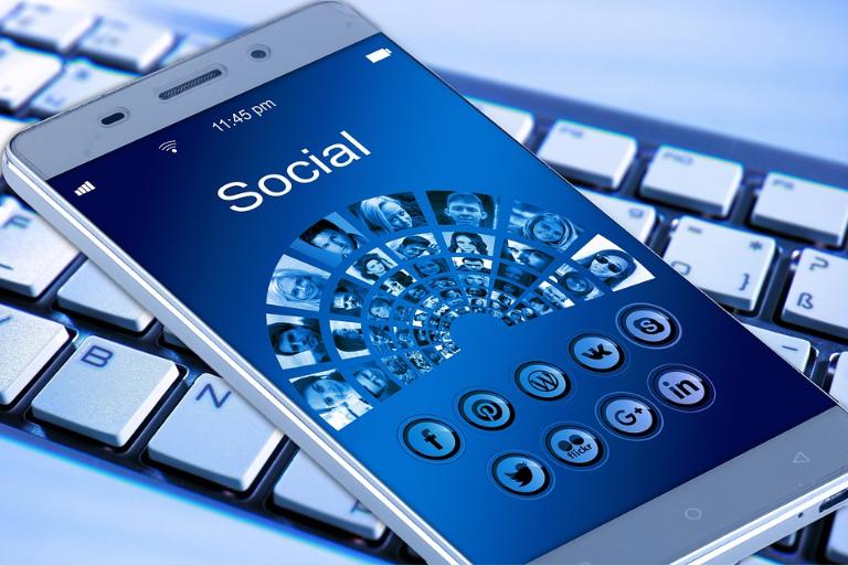 Delete social media